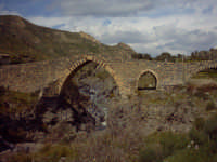 ponte dei saraceni  - Adrano (2750 clic)