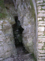 Eremo di S.Rosalia. Entrata principale della grotta.   - Santo stefano quisquina (10216 clic)
