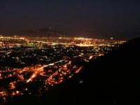 Palermo di notte vista dai pressi di Altofonte. PALERMO Antonino Zito