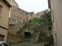 Uno scorcio di un vecchio quartiere di Roccamena.  - Roccamena (8779 clic)
