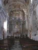 Interno della chiesa di S.Sebastiano con pregevoli stucchi della scuola del Serpotta.  - Chiusa sclafani (2914 clic)