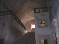 S.Maria del Bosco.Particolare della scalinata che porta al piano superiore.  - Contessa entellina (2926 clic)