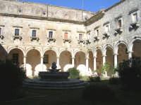 S.Maria del Bosco.Un'altro chiostro.  - Contessa entellina (3213 clic)