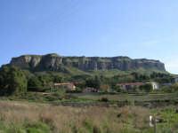 Caratteristica montagna (tipo far west)nei pressi di Corleone.  - Corleone (2294 clic)