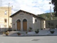 Antico lavatoio comunale Regina Elena.  - Campofiorito (4456 clic)