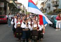 Festival del Folclore Giovanile 2004 organizzato dall'Ass. leoni reali gruppo Sbandieratori e Musici di Camporotondo  - Camporotondo etneo (2740 clic)