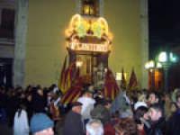Gli Sbandieratori e Musici Leoni Reali omaggiano il santo patrono (S.Antonio Abate 17 Gennaio Camporotondo Etneo).  - Camporotondo etneo (2747 clic)