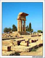 Il tempio dei Dioscuri  - Agrigento (4420 clic)