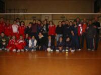 Triangolare volley femminile - 04 - aprile - 2007- foto di gruppo- Etoile Trapani-Fortitudo Buseto e