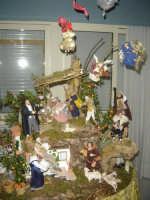 Natività: Tratto da un presepe realizzato da Mirella Angelo con statuette fatte a mano da Letizia Favuzza.  - Salemi (4666 clic)