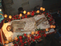 un'altra immagine della processione del Venerdì Santo a Cefalù  - Cefalù (9100 clic)