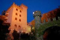 Il castello di Giuliano -Montelepre (PA), 14.4.2006  - Montelepre (7466 clic)