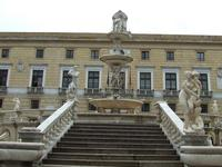 Piazza Pretoria  PALERMO Enzo Farruggia