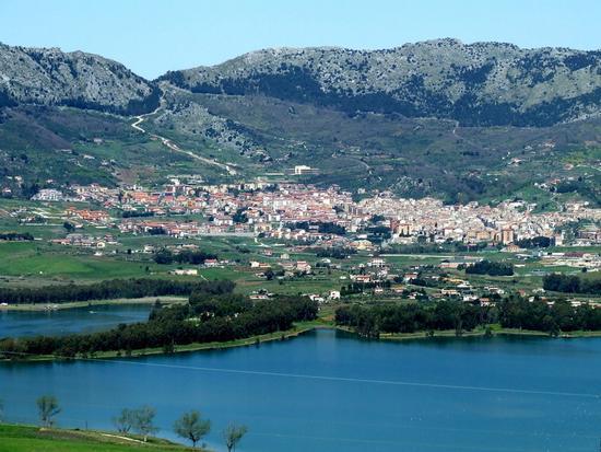 Lago di Piana degli albanesi - PIANA DEGLI ALBANESI - inserita il 12-Apr-11