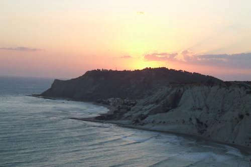 tramonto  - SCALA DEI TURCHI - inserita il