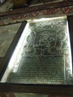 Cripta con i resti del Principe Branciforte nella Chiesa dei Cappuccini del XVII sec.   - Leonforte (3364 clic)