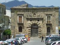 Il granaio del Branciforte   - Leonforte (3382 clic)