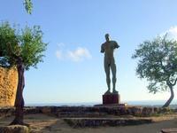 Valle dei Templi e statue di Mitoraj   - Agrigento (2229 clic)