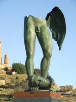 Valle dei Templi e statue di Mitoraj   - Agrigento (2264 clic)