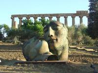 Valle dei Templi e statue di Mitoraj   - Agrigento (2305 clic)