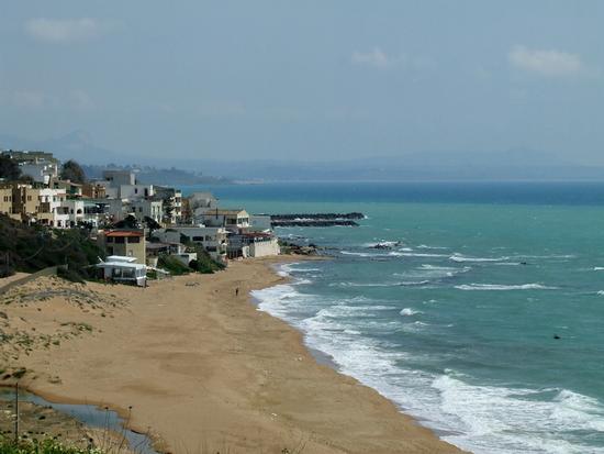 La spiaggia - MARINELLA DI SELINUNTE - inserita il 28-Mar-11