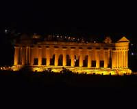 Tempio della concordia di notte  - Agrigento (5043 clic)