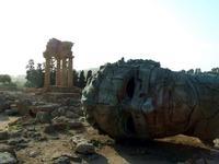 Valle dei Templi e Statue di Mitoraj   - Agrigento (2965 clic)