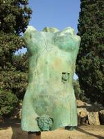 Valle dei Templi e Statue di Mitoraj   - Agrigento (2960 clic)
