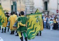 Sbandieratori a Noto in occasione dell' Infiorata.  - Noto (1647 clic)