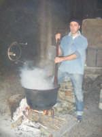I Frittui... Piatto tipico della cucina fondachellese.  - Fondachelli fantina (5538 clic)