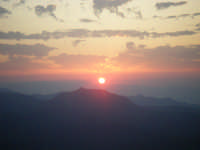 L'alba vista da Rocca Salva Testa...  - Fondachelli fantina (5114 clic)