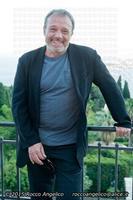 Claudio Amendola ...i registi I grandi nostri registi di oggi non sono grandi come quelli di ieri, si è riempito il buco in mezzo e il B movie è stato soppiantato dalle B fiction.  - Taormina (882 clic)