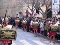 Gesu' esce dalla chiesa di san Domenico   - Mazzarino (2989 clic)