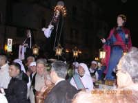 Maria, veronica e san giovanni in processione verso il sepolcro  - Mazzarino (5685 clic)