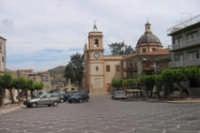 Piazza Centrale, in fondo la Chiesa Madre  - Campofranco (4230 clic)