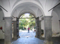 Portico all'interno della Ducea di Nelson  - Bronte (3126 clic)