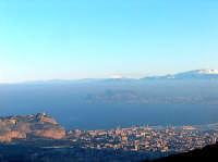 10 Gennaio 2005, Etna visibile sul Golfo di Palermo PALERMO Lucia Durisi