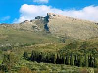 Paesaggio lungo l'autostrada Palermo - Catania, Monte dei Cervi  - Scillato (7117 clic)