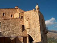 Il Castello La Grua Salamanca, tristemente noto per L'amaro caso della Baronessa di Carini   - Carini (6699 clic)