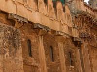 Particolare della fiancata del Duomo  - Siracusa (1304 clic)