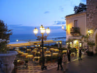 I tavolini del Wuderbar   - Taormina (8428 clic)