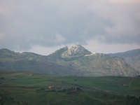 Il paese visto da Scillato  - Caltavuturo (2926 clic)