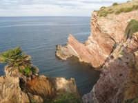 Cala Rossa e le sue stratificazioni rocciose  - Terrasini (4808 clic)