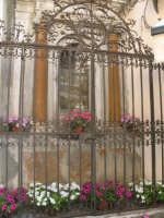Edicola votiva sul corso del paese  - Castelbuono (4189 clic)
