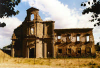 Monastero dei Benedettini, distrutto durante la seconda guerra mondiale (e mai ricostruito.....)  - Troina (5115 clic)