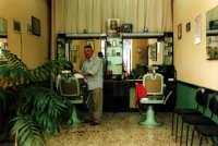 Un gentilissimo barbiere di Modica MODICA Paola Bertoncini