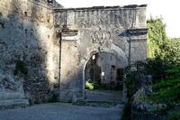 Arco d'Ingresso all'x monastero e alla chiesa normanna Santa Maria di Mili   - Messina (1149 clic)