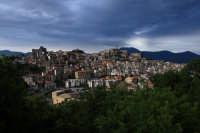 Caratteristico Borgo al confine della provincia di Catania, limitante con la provincia di Messina.  - Castiglione di sicilia (1950 clic)