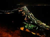 Panoramica lato Messina da Forza D'agro Vista panoramica lato Messina, in fondo la costa Calabrese  - Forza d'agrò (12282 clic)