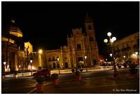 Acireale, notturna Piazza Duomo, Basilica San Pietro e Paolo (773 clic)